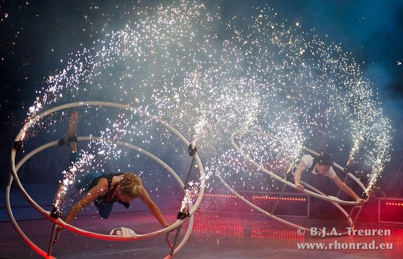 01. Wheel Sensation, fireworks